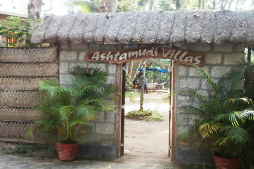 Ashtamudi Villas
