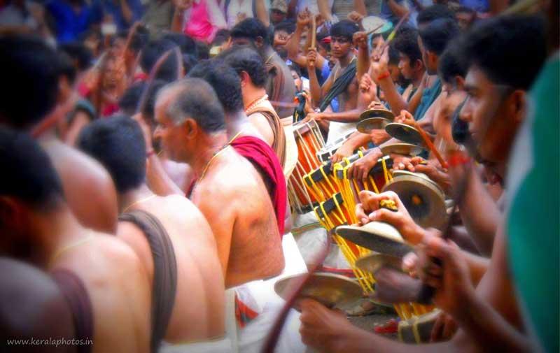 thrissur-pooram-images-kerala
