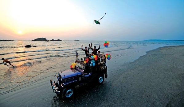 thar on muzhipilandi beach