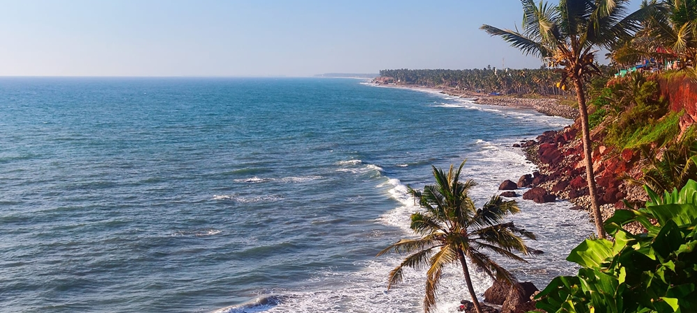 The majestic Varkala hemmed by a cliff