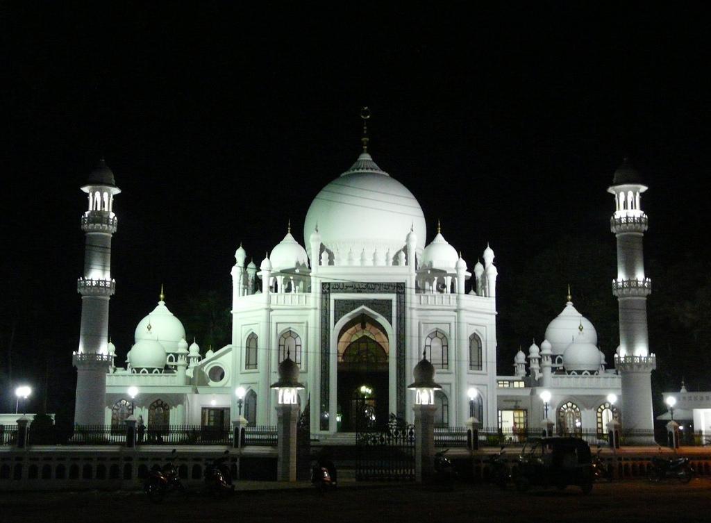 Sheikh Masjid-Karunagappally