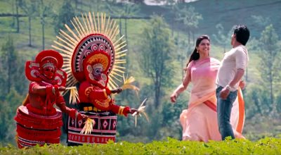 Shahrukh and Deepika romancing in a song shot in Kerala