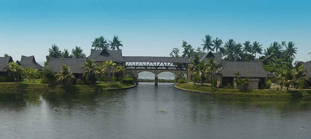 The lake and resort at Zuri