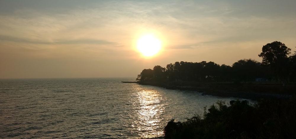 Sun rise at Mappila Bay