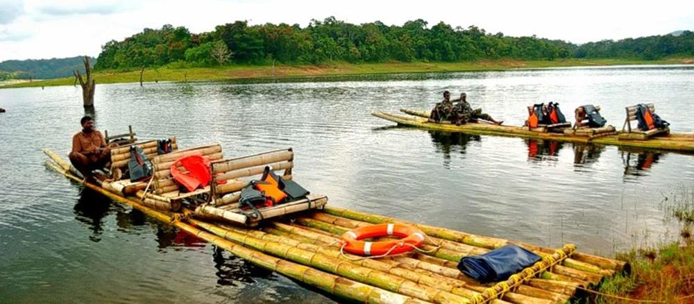 Bamboo Rafting at the Kuruva Island