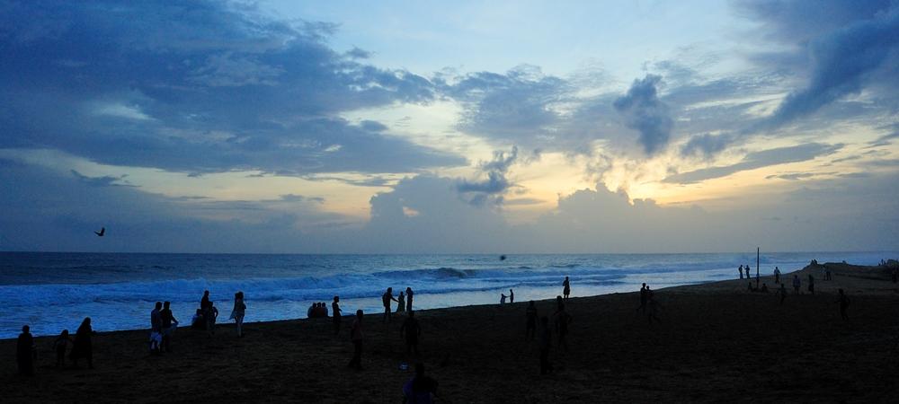 Shanghumugham Beach post sunset