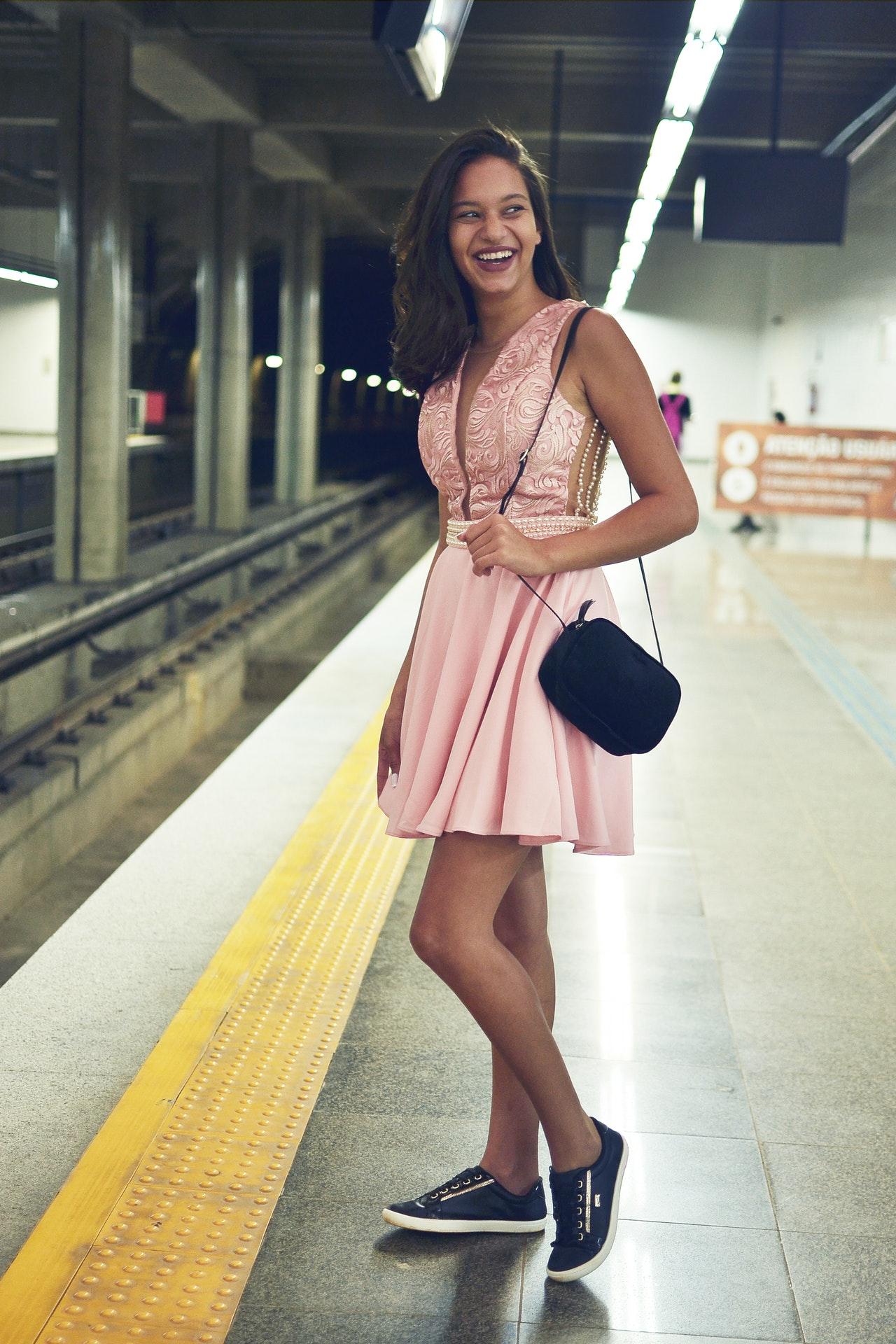 beautiful-women-in mini-skirt