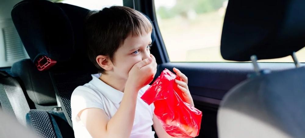Child feeling nausea in the car