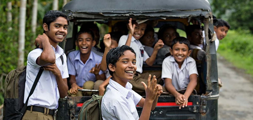 School children going in auto