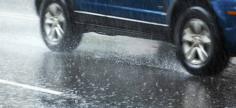 A car hydroplaning because of rain