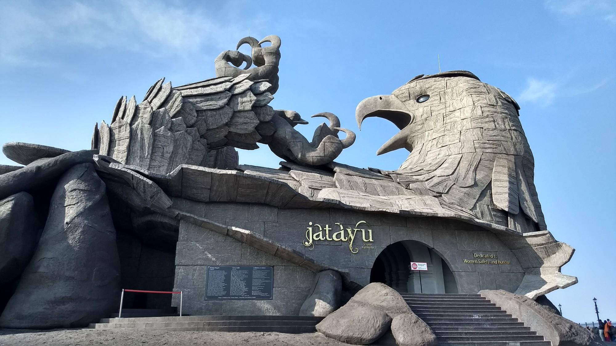 jatayu sculpture