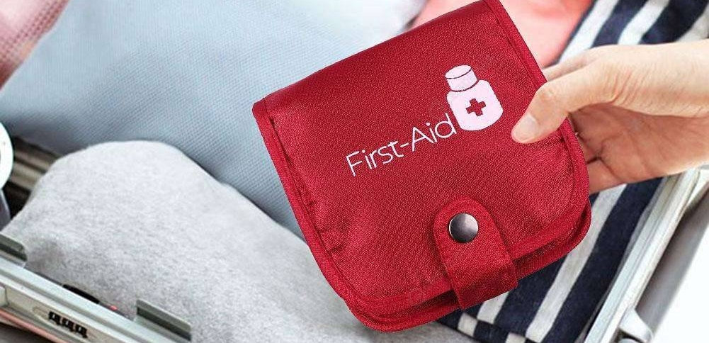 First-aid travel pouch