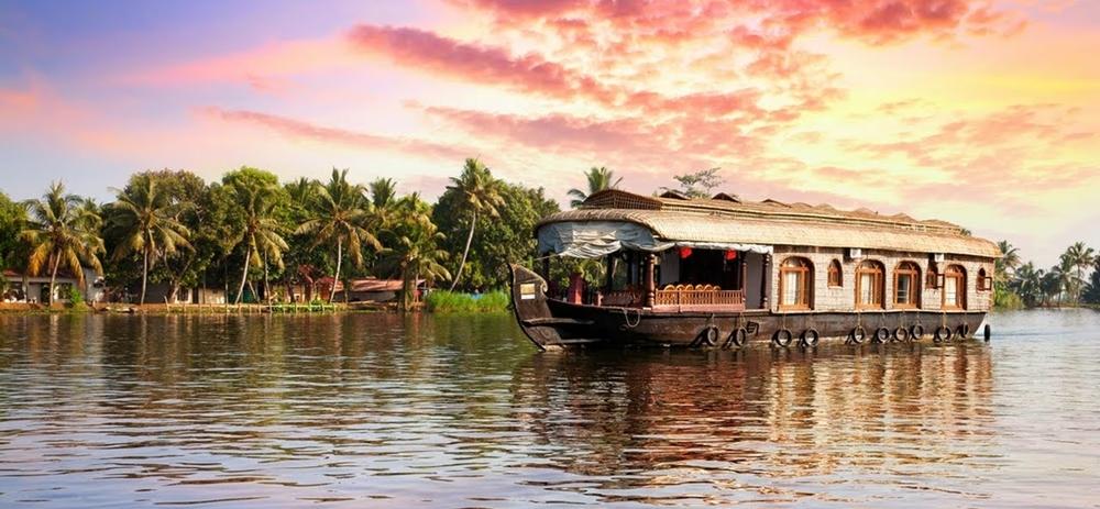 Houseboat cruise