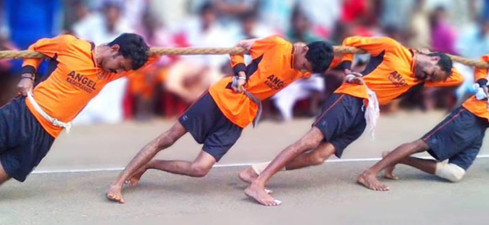 Tug of war in Kerala