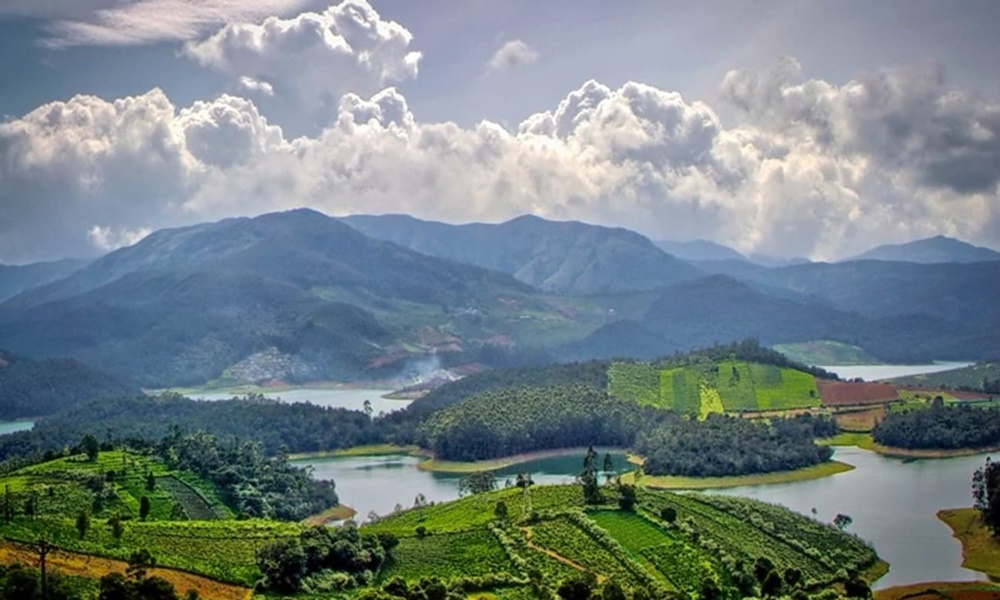 Panoramic View of Hill Station of Ooty